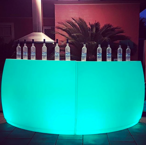 https://glowfurniture.com.au/wp-content/uploads/2019/07/glow-circular-bar-2.png